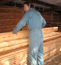 Stacking larch for air-drying